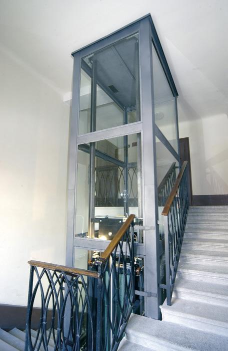 castelletto-grigio-interno-scale